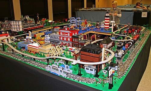 Model Train Show LEGO Layout