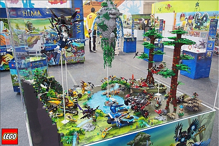 LEGO Legends of Chima Display