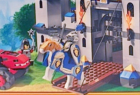 2013 LEGO Castle Knight and Horse