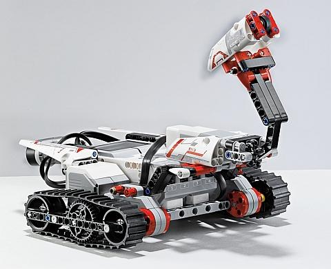 LEGO Mindstorms EV3 Robot 4