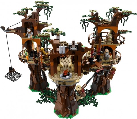 #10236 LEGO Star Wars Ewok Village Back View