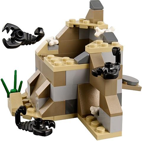 #79107 LEGO Comanche Camp Details