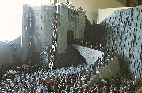 LEGO Lord of the Rings Battle of Helm's Deep by Rich-K & Big J