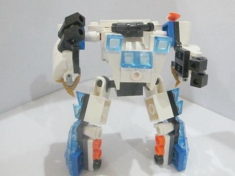 LEGO Robot MOC 5 by Fikko