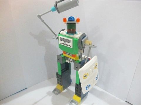 LEGO Robot MOC 7 by Fikko