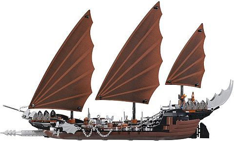 #79008 LEGO Lord of the Rings Pirate Ship Ambush Side View