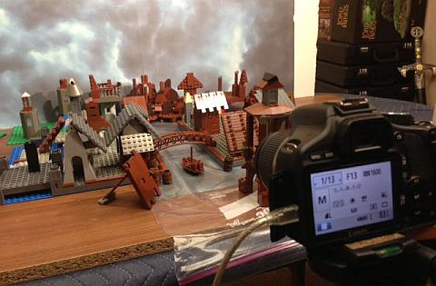 LEGO The Hobbit - The Desolation of Smaug Behind the Scenes