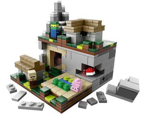#21105 LEGO Minecraft The Village Alternate Picture