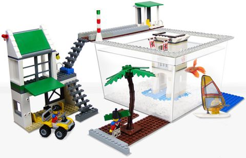 LEGO Fish-Tank Fishspace