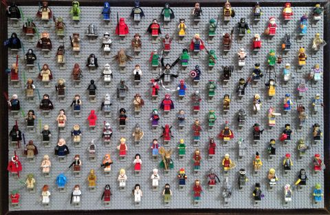 LEGO Minifigure Display Details