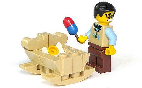 LEGO Minifigure Parts Usage by mijasper