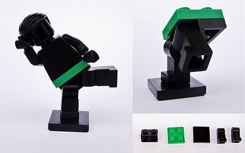 LEGO Minifigure Posing