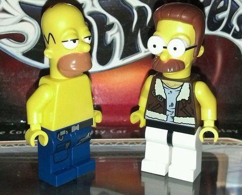 LEGO Simpsons Minifigures Details