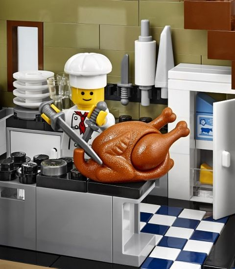 #10243 LEGO Parisian Restaurant Chef