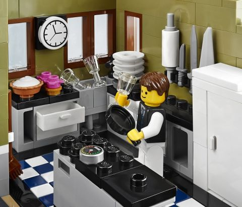 #10243 LEGO Parisian Restaurant Kitchen