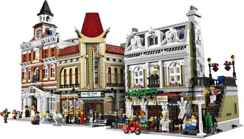 #10243 LEGO Parisian Restaurant Street View