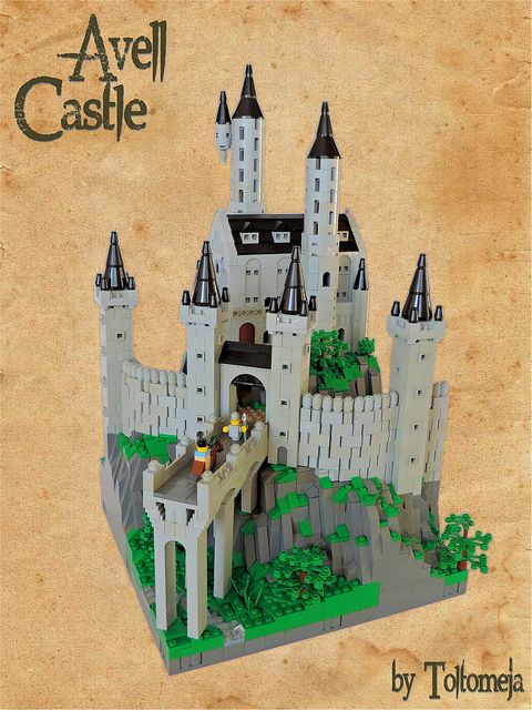 LEGO Micro Scale Castle by Toltomeja