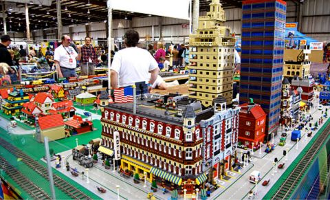 LEGO City Diorama - photo by beckie