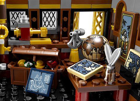#70810 LEGO MetalBeard's Room