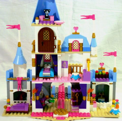#41055 LEGO Cinderella's Castle Details