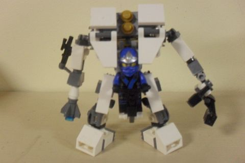 LEGO Mech Tutorial - Adding Armor