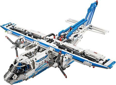 #42025 LEGO Technic Cargo Plane