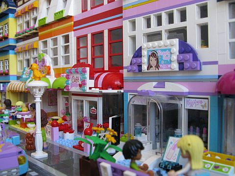 LEGO Friends Town Details by Kristel