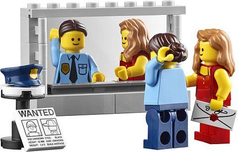 #10246 LEGO Detective's Office Mirror