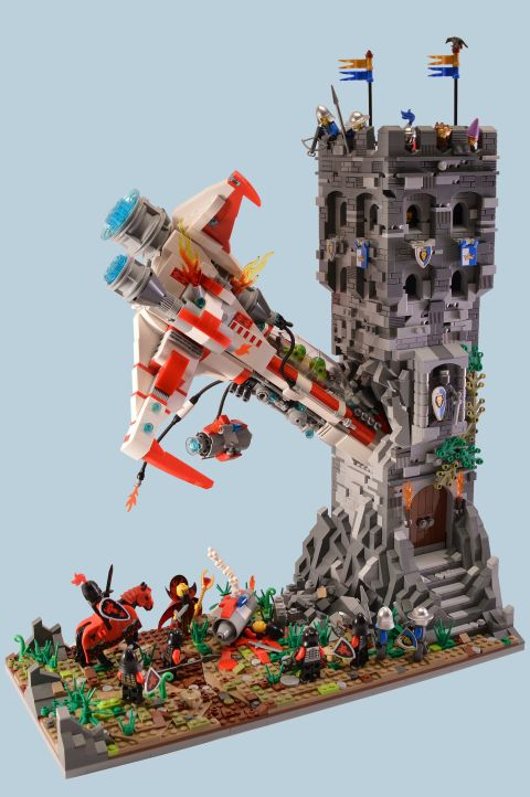 LEGo Spaceship Castle by Paddy BrickSplitter