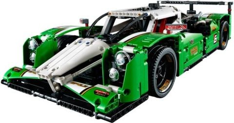 #42039 LEGO Technic Race Car Details