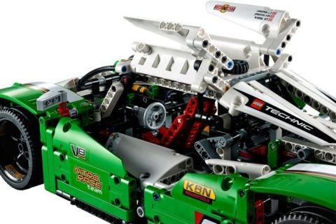 #42039 LEGO Technic Race Car Functions