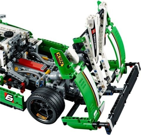 #42039 LEGO Technic Race Car Review