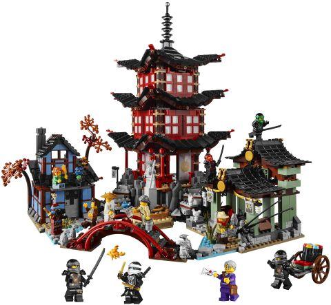 #70751 LEGO Ninjago Temple of Airjitzu Details