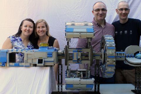 LEGO Spaceship NCS Aries-K Builders
