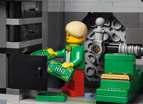 #10251 LEGO Creator Brick Bank 6