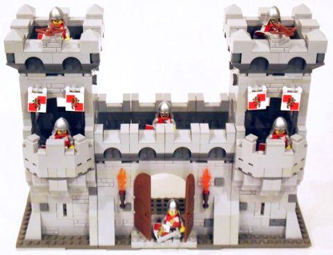 LEGO Modular Castle System by mkalkwarf 1