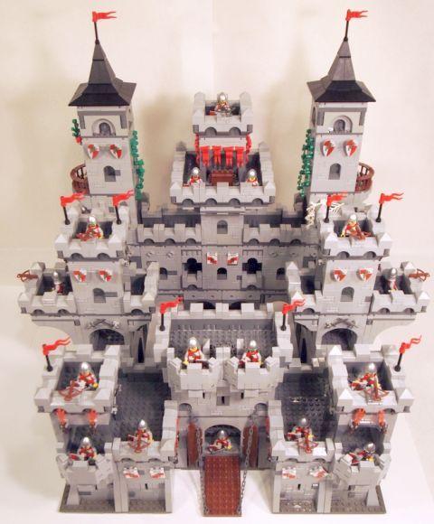 LEGO Modular Castle System by mkalkwarf 7