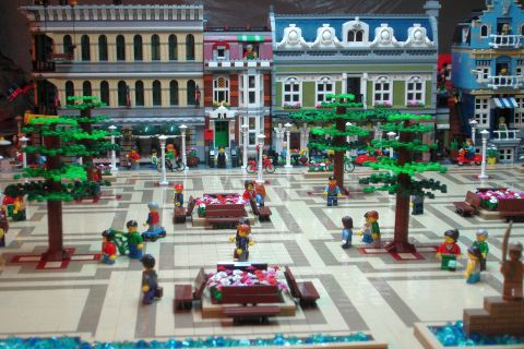 LEGO Modular Expanded Buildings 2