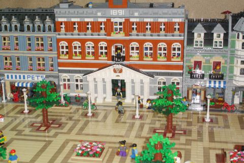 LEGO Modular Expanded Buildings