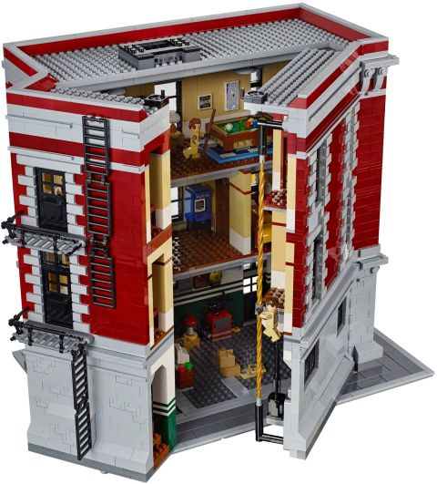 #75827 LEGO Ghostbusters Firehouse Exterior 1