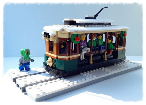 LEGo Winter Village Tram by Miro 3