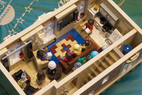 LEGO Modular Kwik-E-Mart 10 by cimddwc