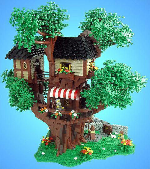 LEGO Tree House by tiberium_blue