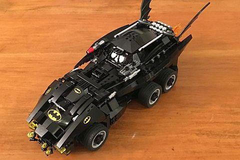 The LEGO Movie Batmobile by Warvanov