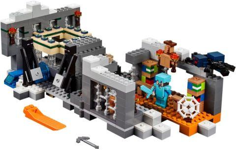 #21124 LEGO Minecraft