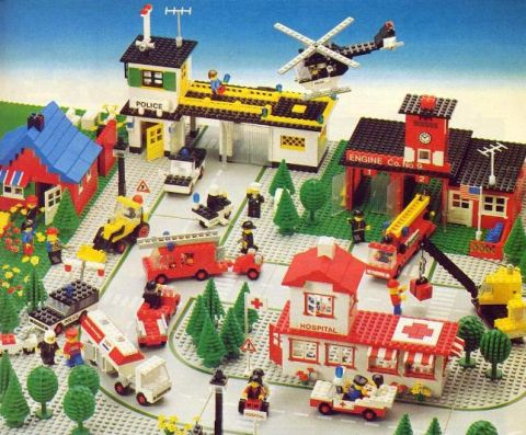 Canceled LEGO Sets Town Hospital