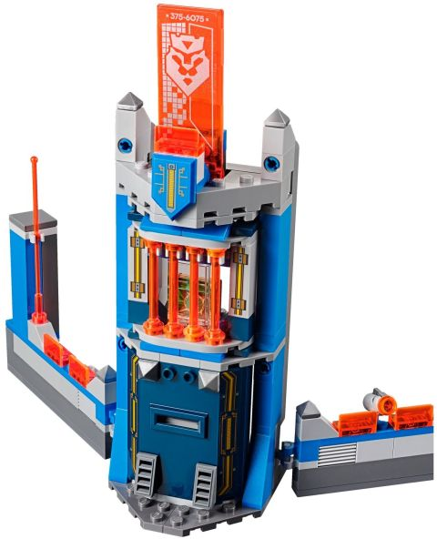 #70324 LEGO Nexo Knights Review 3