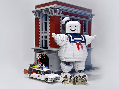 LEGO Ghostbusters Stay Puft Marshmallow Man by Brent Waller 4