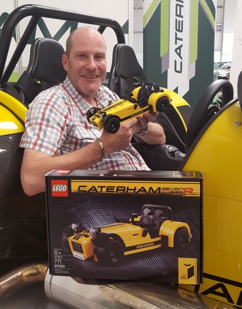 21307-lego-ideas-caterham-carl-greatrix