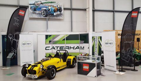 21307-lego-ideas-caterham-showroom